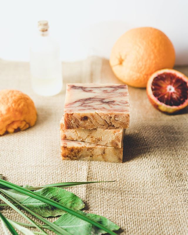 The delicate yet stimulating formula of S.E.T is a combination of full citrus notes, earthy grass undertones, and sweet, sweet top notes. It is an aromatic experience that stimulants the mind, reduces anxiety and stress, all while purifying the air and adding refreshing energy to your shower. ⁣ ⁣ Crafted using Clary Sage grown in California, this herb is recognized for its therapeutic properties. Alongside a Thai Lemongrass, rich in limonene, an organic terpene compound with anti-inflammatory characteristics and topped off with a few citrus oils the S.E.T bar will change the way you think about showering. ⁣ ⁣ Truly unlike any other formula we have in our line up, the S.E.T bar is here just in time for summer! This bar is made to heal and leave you smelling great all day long. ⁣ #essentialoils #ironlionsoap #organicskincare #naturalingredients