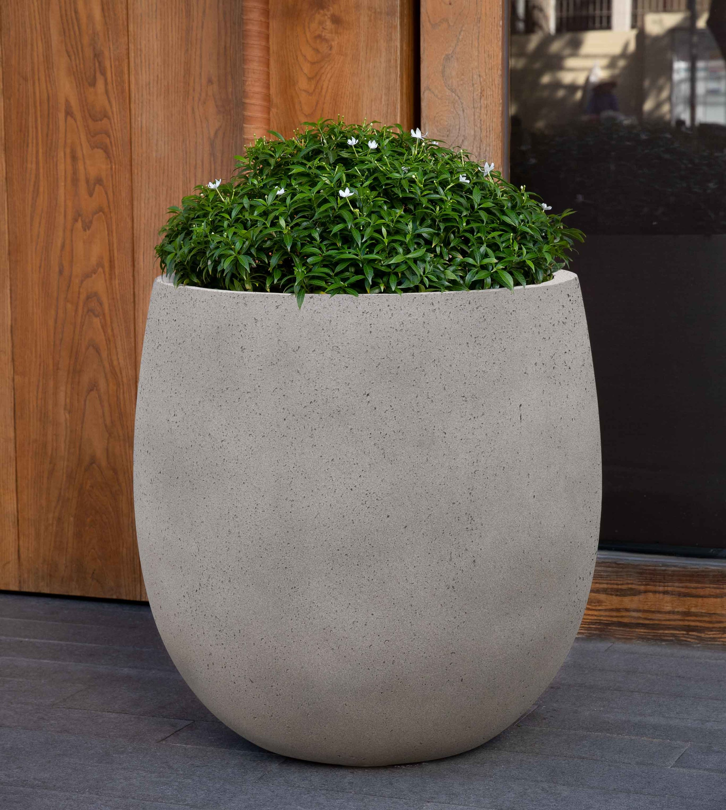 Guilford Planter