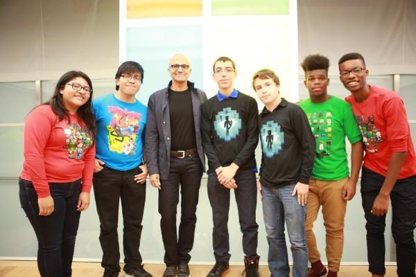 Community Ambassadors meet Microsoft CEO Satya Nadella in 2016
