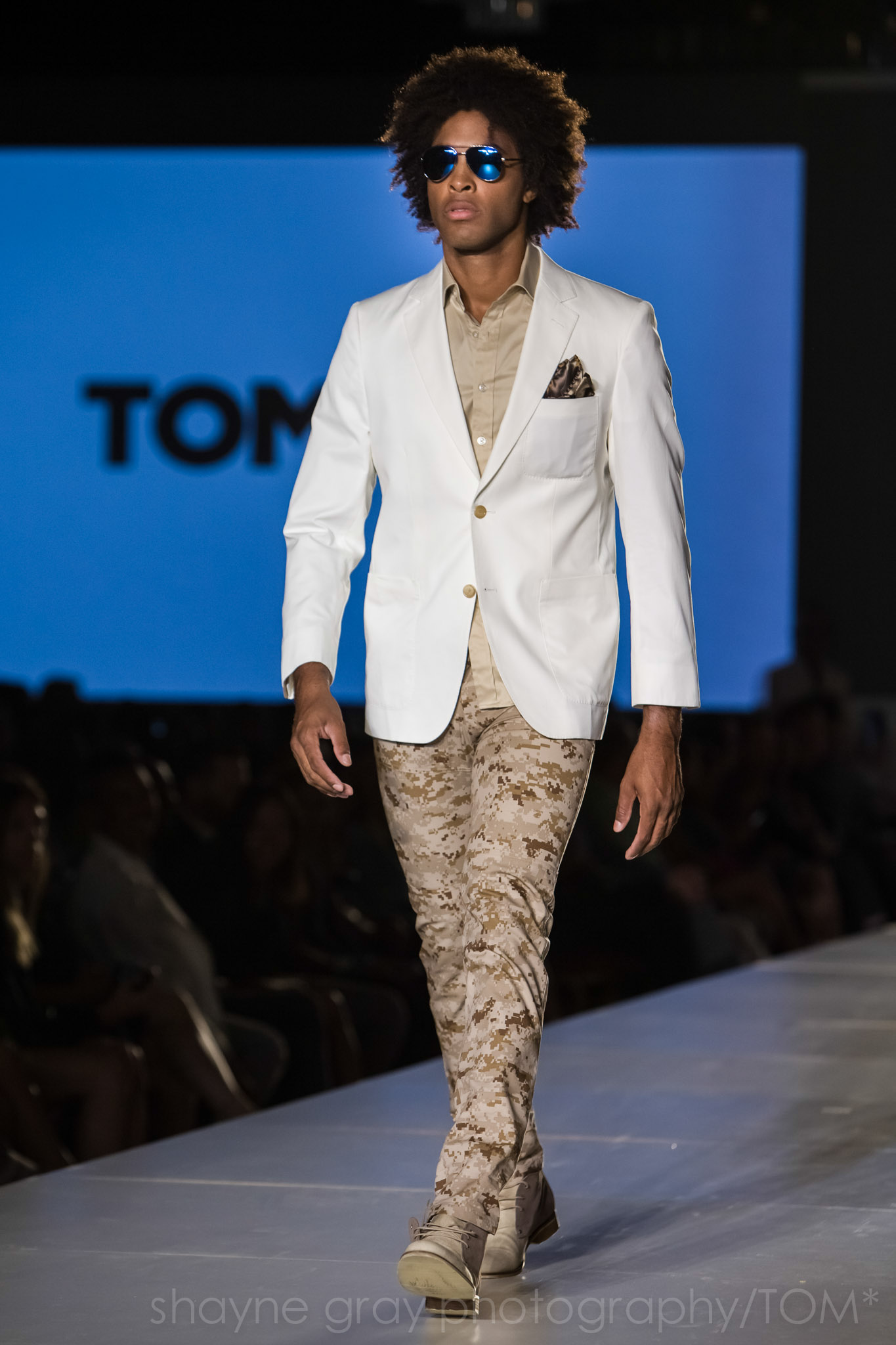 Shayne-Gray-Toronto-men's-fashion_week-TOM-christopher-bates-7374.jpg