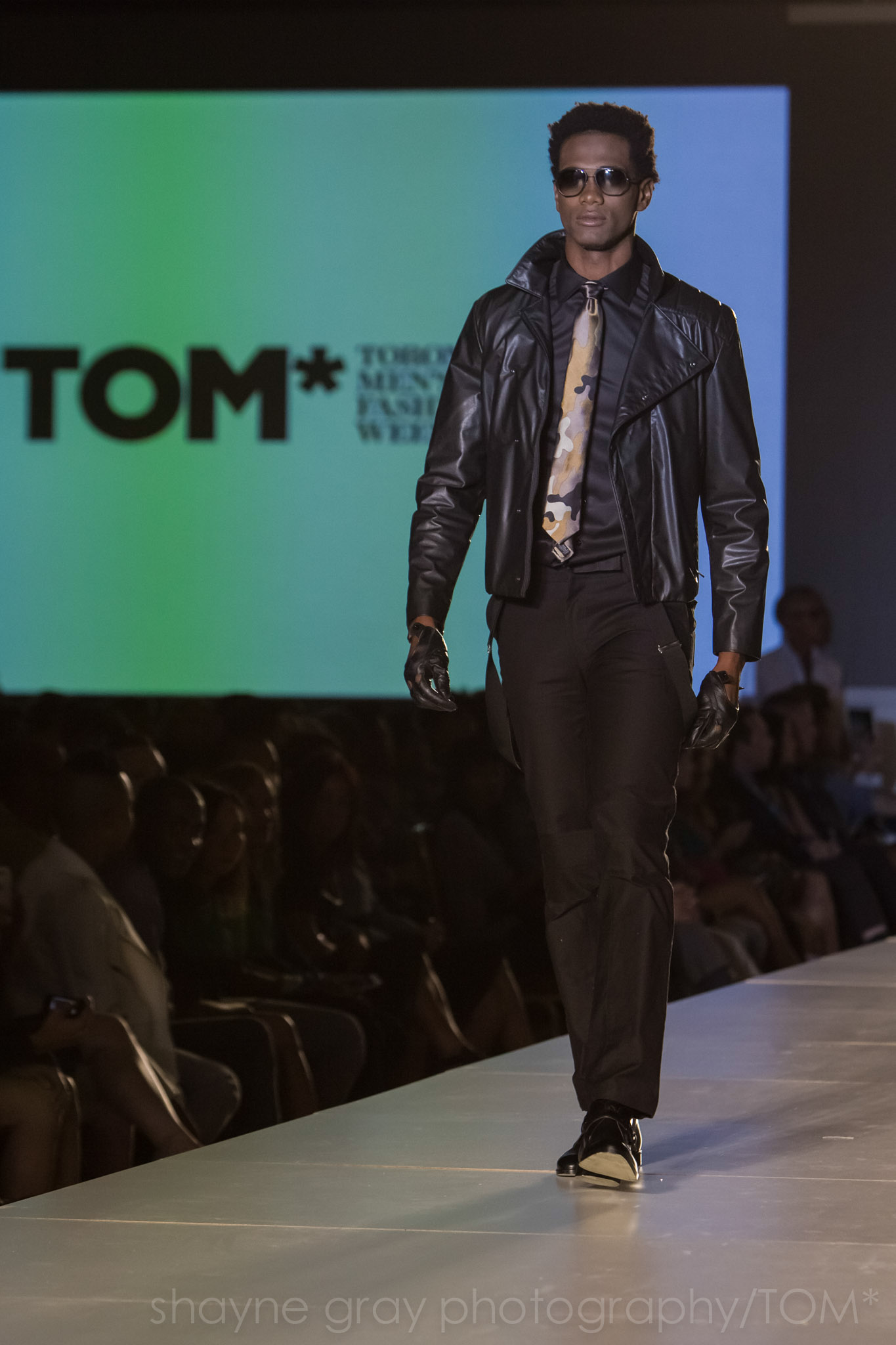 Shayne-Gray-Toronto-men's-fashion_week-TOM-christopher-bates-7383.jpg