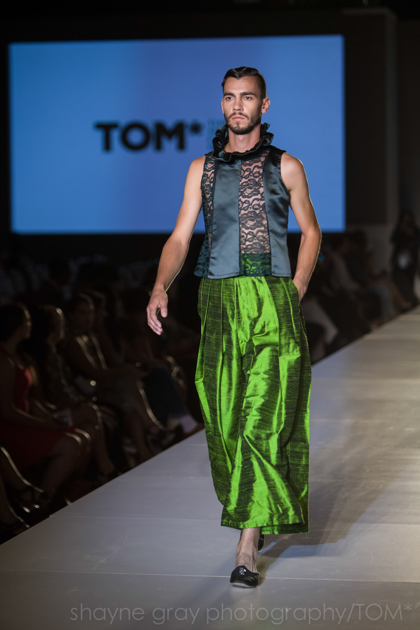Shayne-Gray-Toronto-men's-fashion_week-TOM-l'uomo-strano-8632.jpg