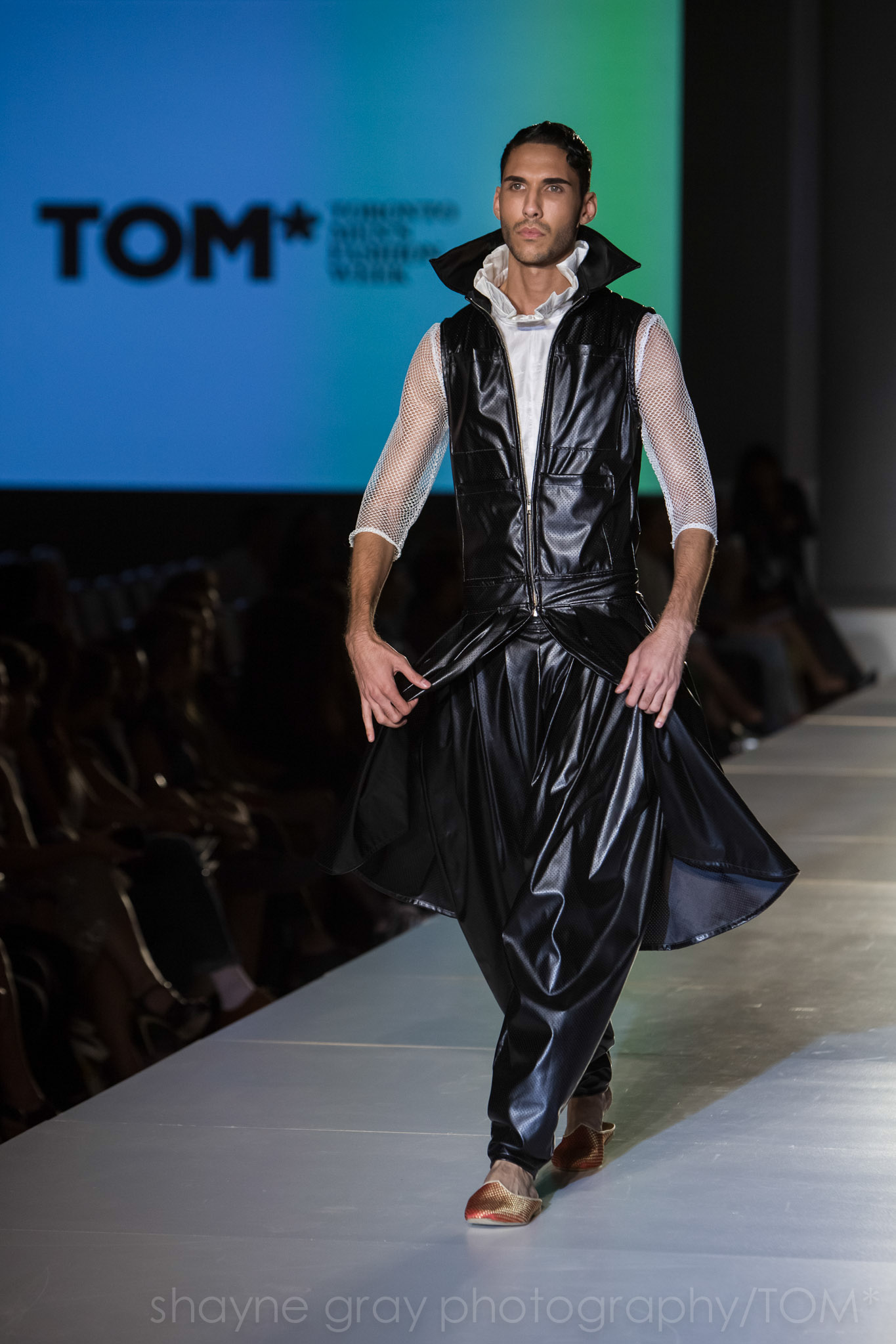 Shayne-Gray-Toronto-men's-fashion_week-TOM-l'uomo-strano-8645.jpg