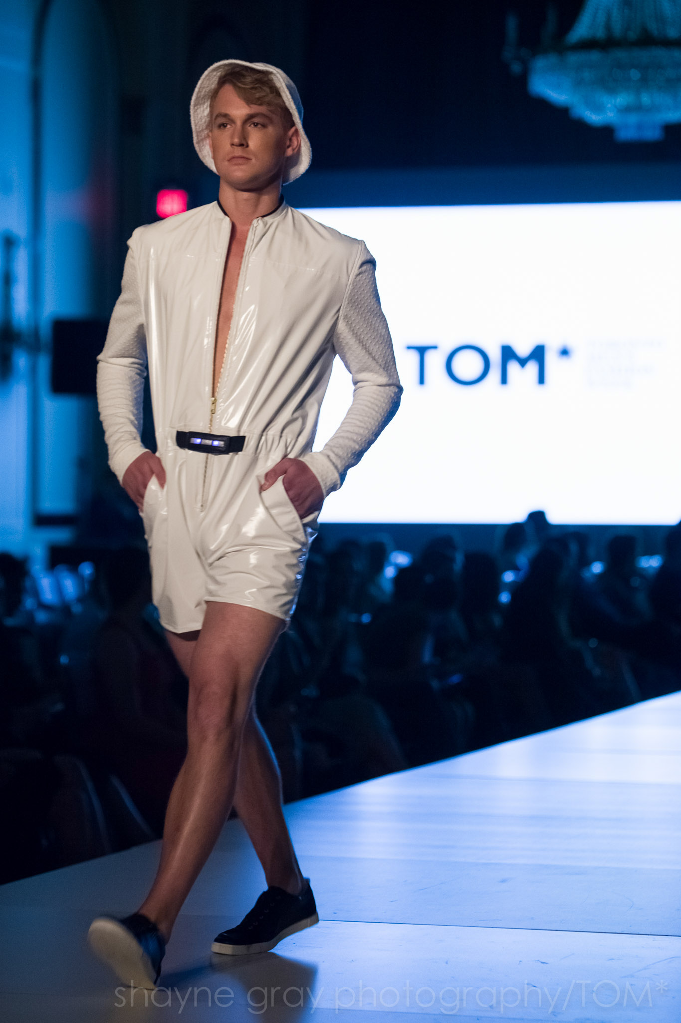 Shayne-Gray-Toronto-men's-fashion_week-TOM-wearables-wearable-technology-8737.jpg