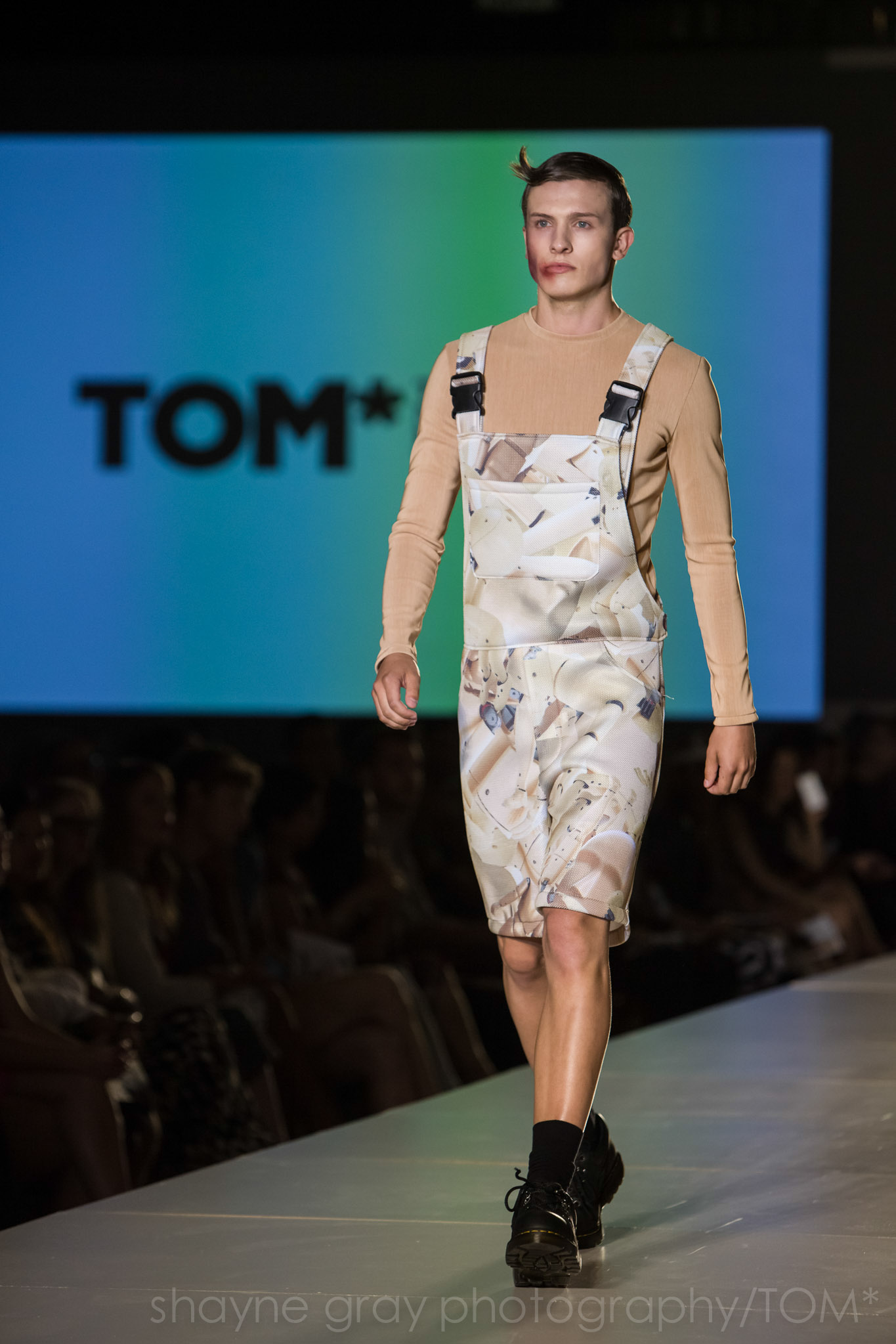 Shayne-Gray-Toronto-men's-fashion_week-TOM-lafaille-7636.jpg
