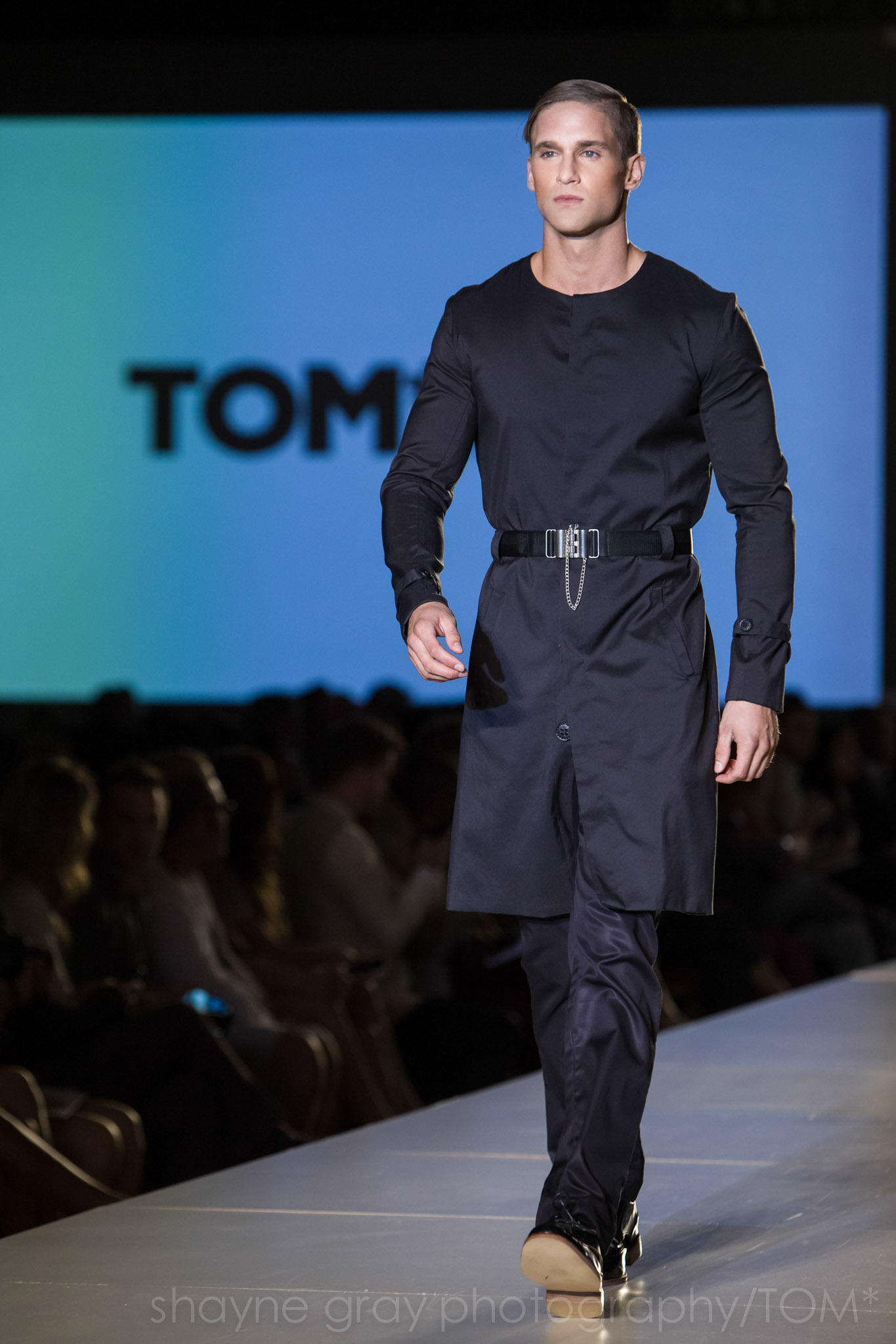 Shayne-Gray-Toronto-men's-fashion_week-TOM-paul-nathaphol-7989.jpg