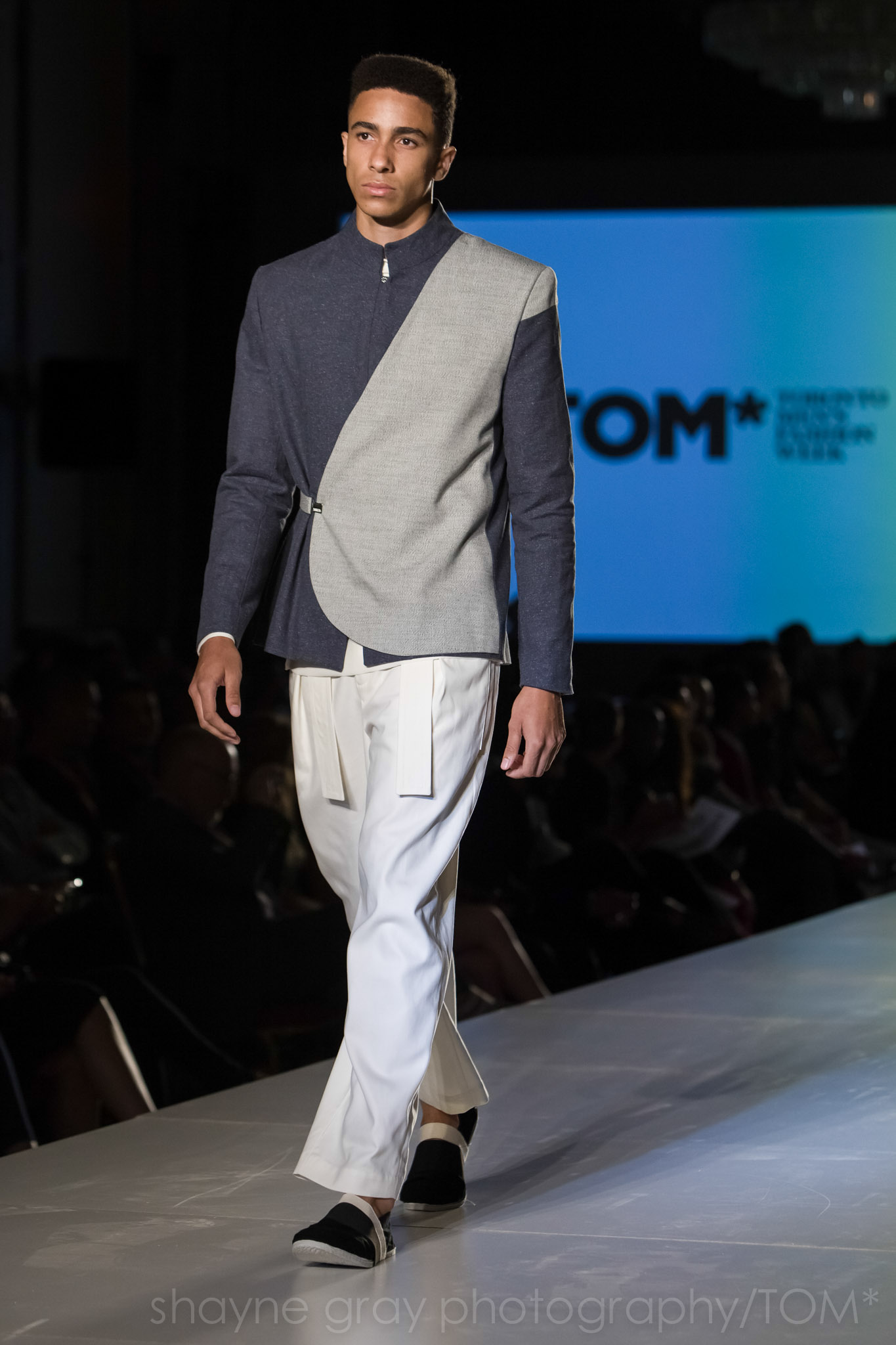 Shayne-Gray-Toronto-men's-fashion_week-TOM-christian-l'enfant-roi-6599.jpg