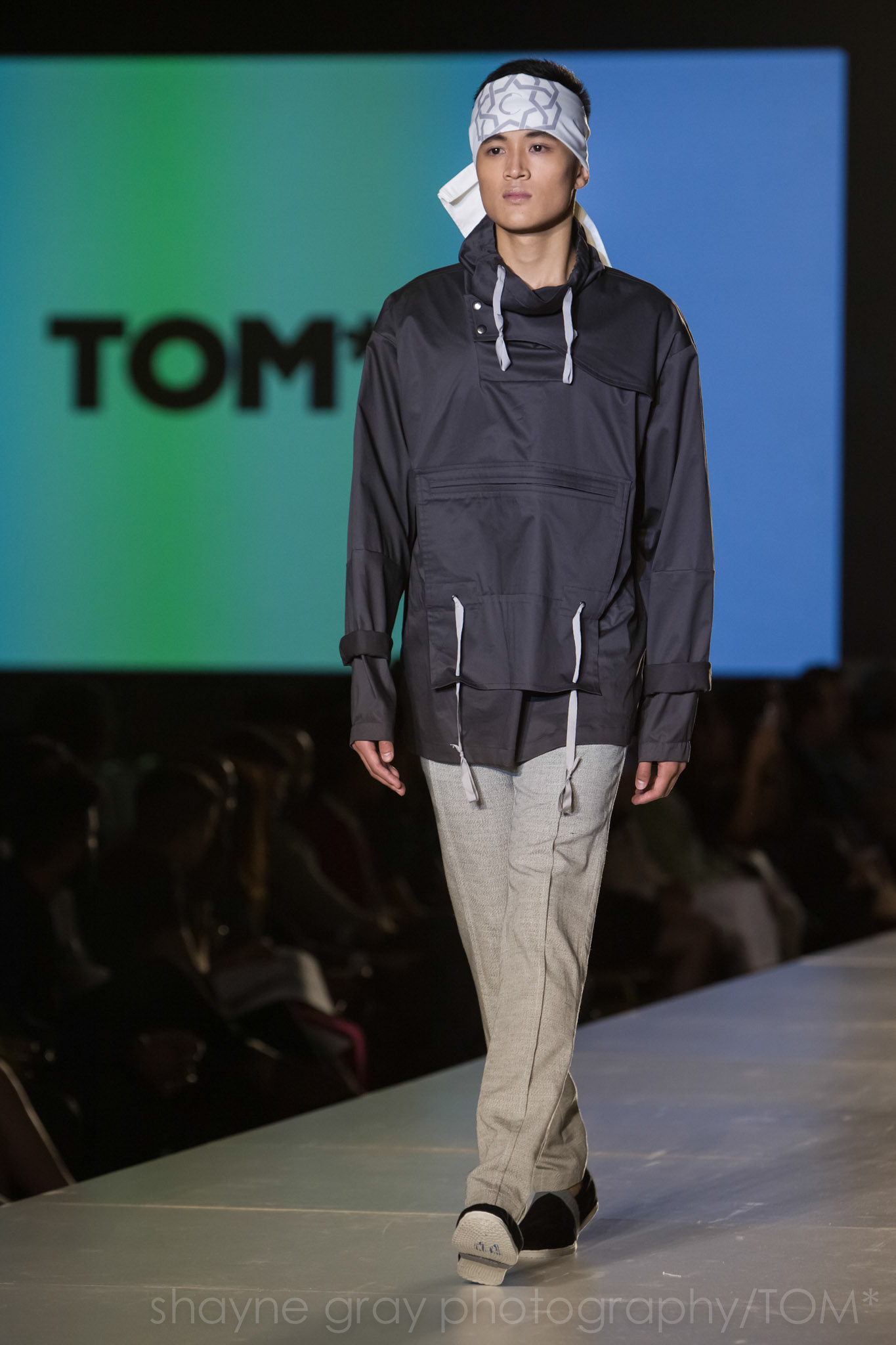 Shayne-Gray-Toronto-men's-fashion_week-TOM-christian-l'enfant-roi-6744.jpg