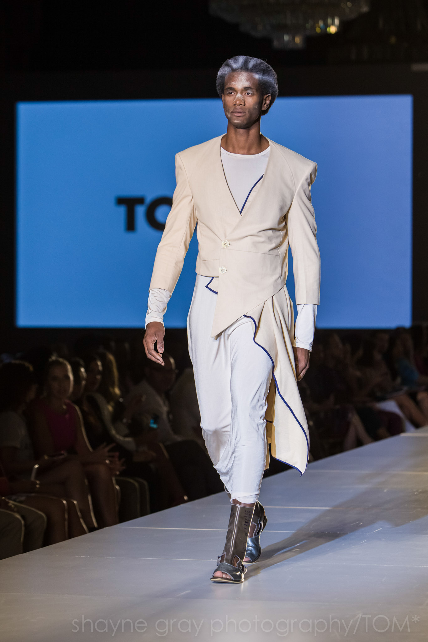 Shayne-Gray-Toronto-men's-fashion_week-TOM-jose-duran-7678.jpg