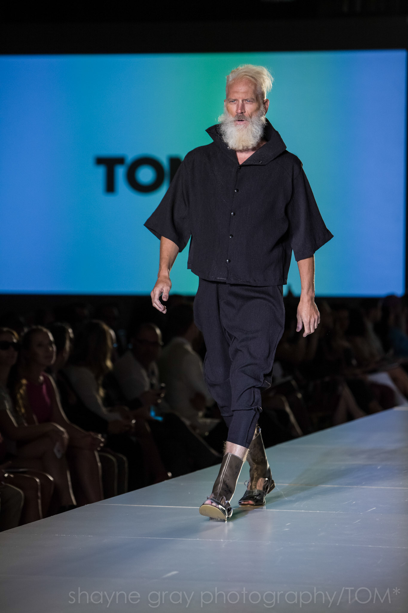 Shayne-Gray-Toronto-men's-fashion_week-TOM-jose-duran-7720.jpg