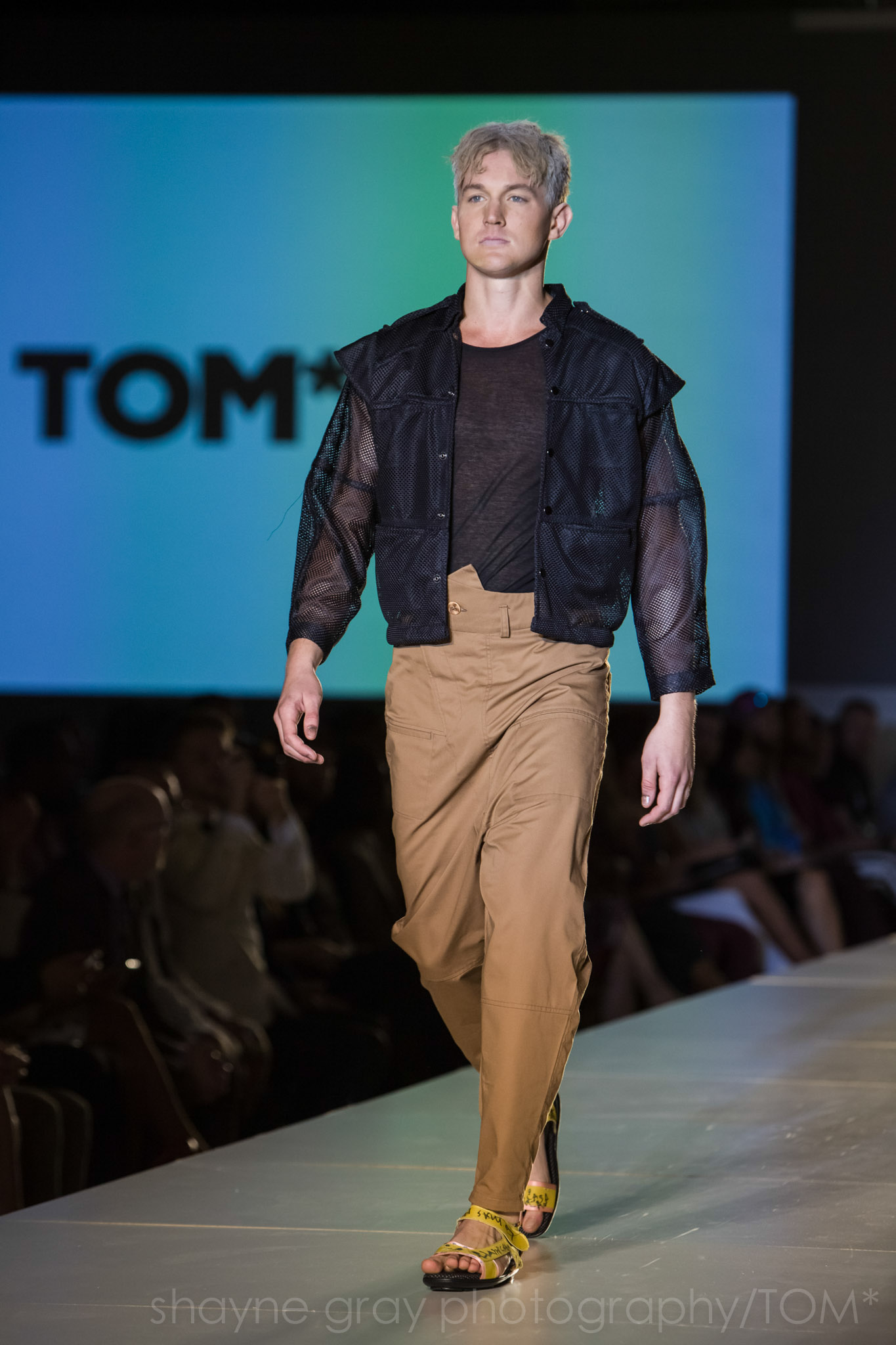 Shayne-Gray-Toronto-men's-fashion_week-TOM-jose-duran-7774.jpg