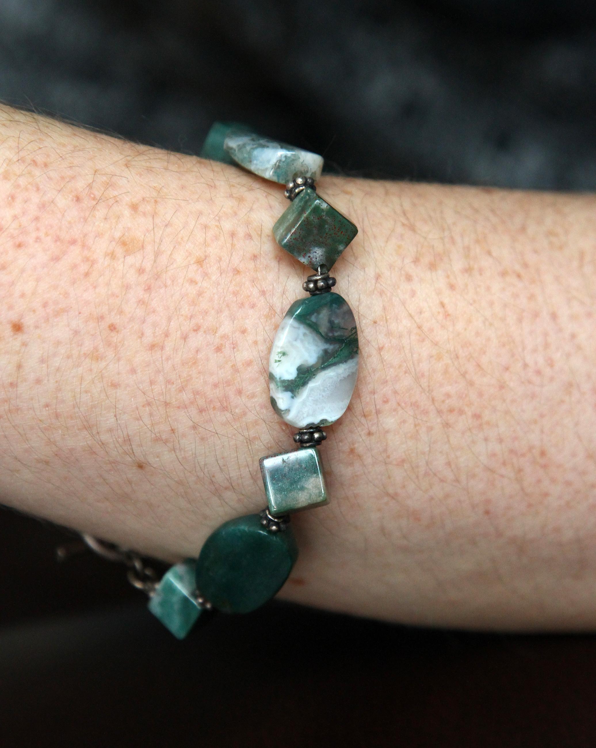 semiprecious-stone-bracelet_001.JPG