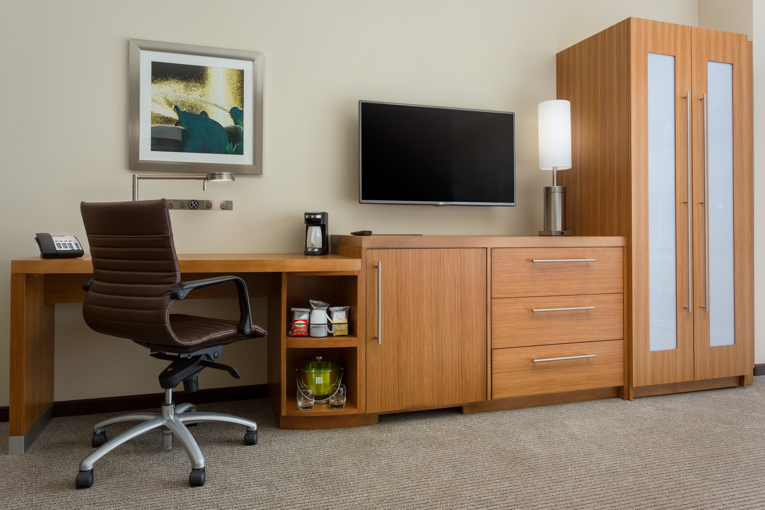 Hyatt Place Chicago Loop-Desk.jpg