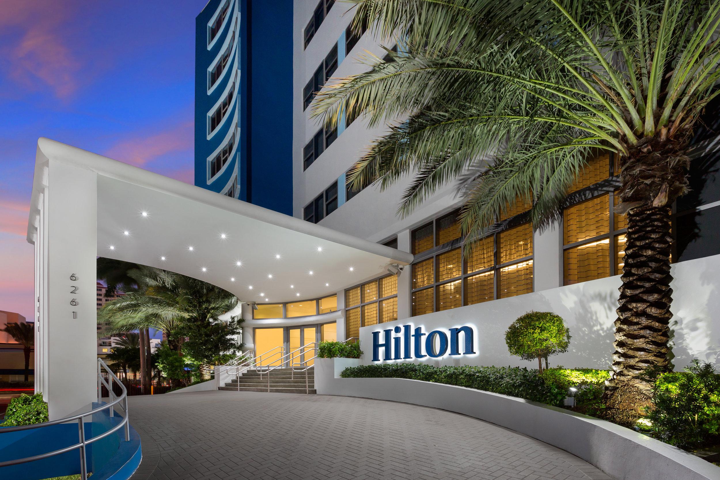 HILTON-CABANA-Exterior-Dusk.jpg