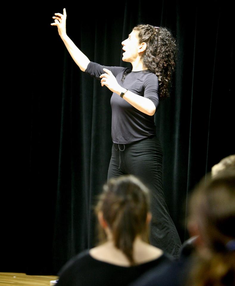 Kari Margolis teaching at the Guthrie