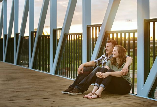 You know that warm glow at the end of a day spent with your person? Yeah that's the good stuff. . . . #Mpls #EngagementPhotography