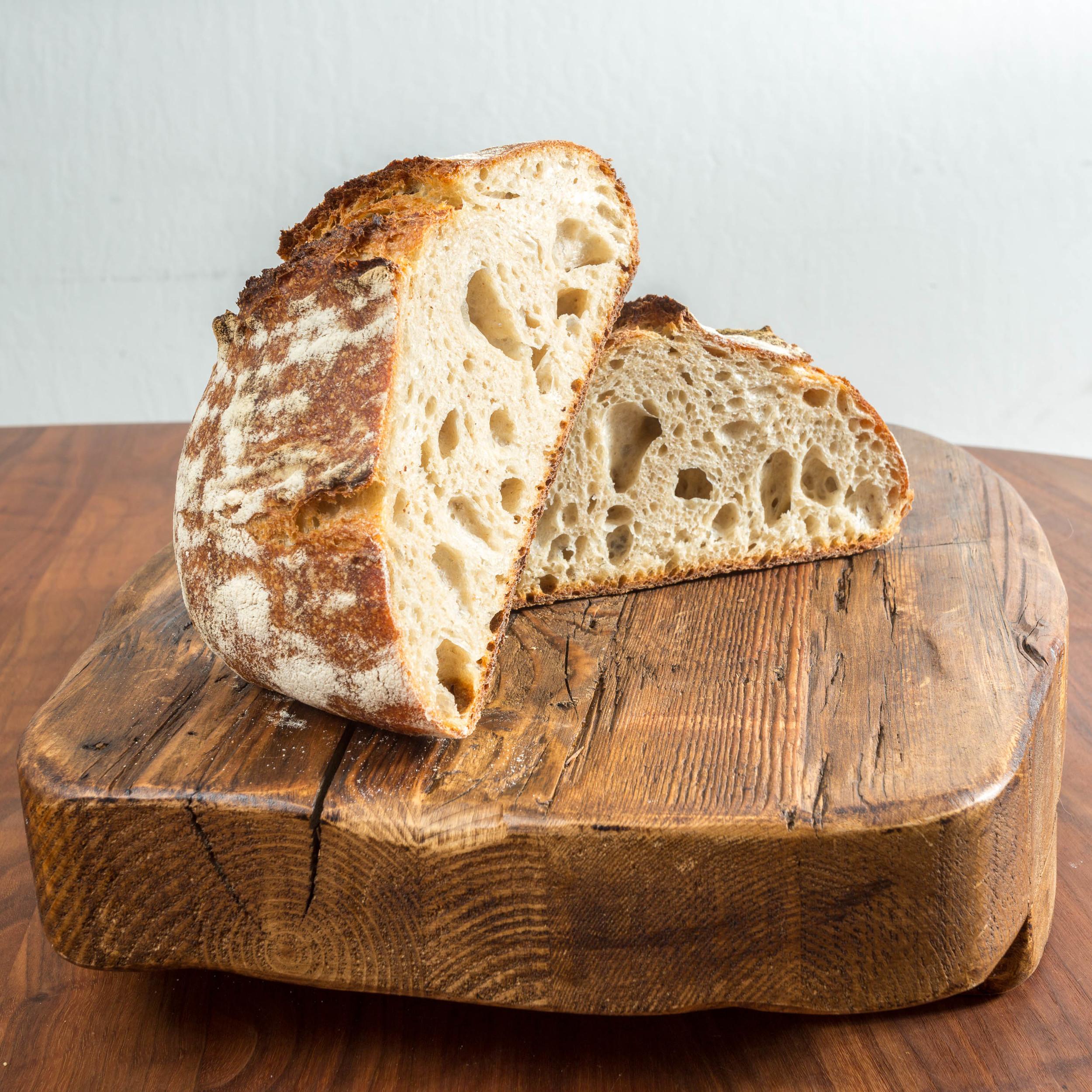 Overnight Levain Bread