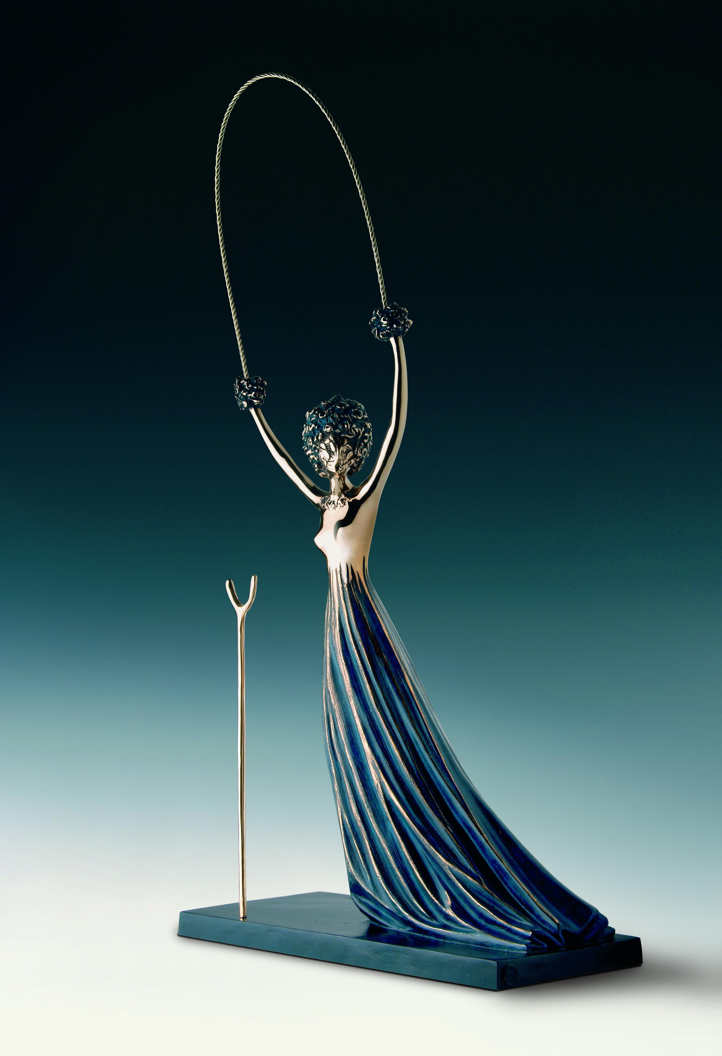 愛麗絲夢遊仙境  90.5 cm  銅