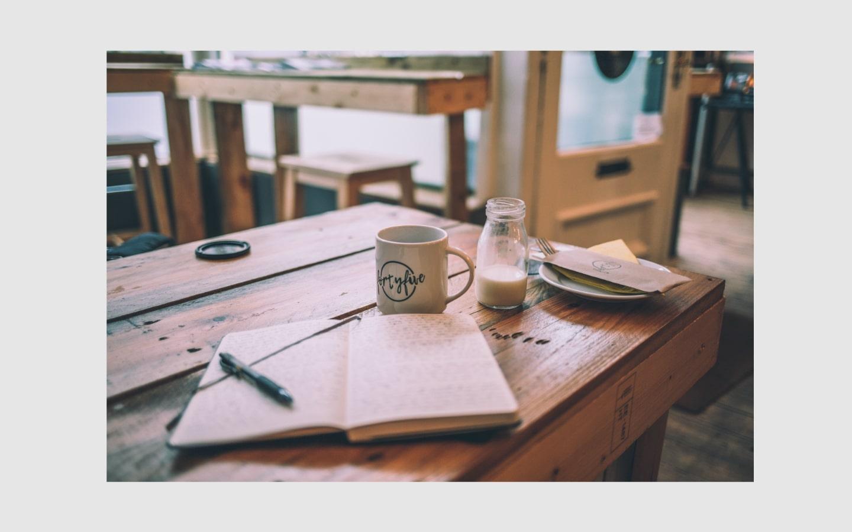journalinggrey-min.jpg
