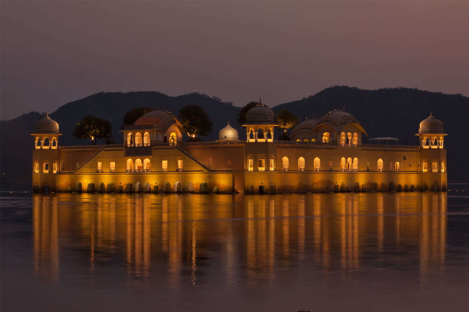 Jal-Mahal-night03.jpg