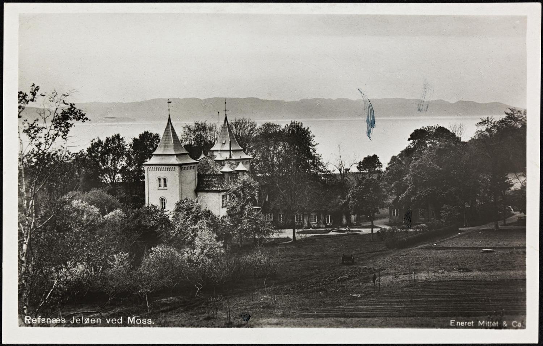 Refsnæs Jeløen ved Moss.Ukjent dato for fotografering, men sannsynlig fotografert en gang mellom 1910 - 1920.  Bildefilen er kjøpt og eies av Visit Hvaler/Østfoldguide -Dahl Media.