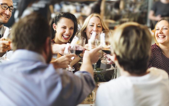 winemaker-744711.jpg