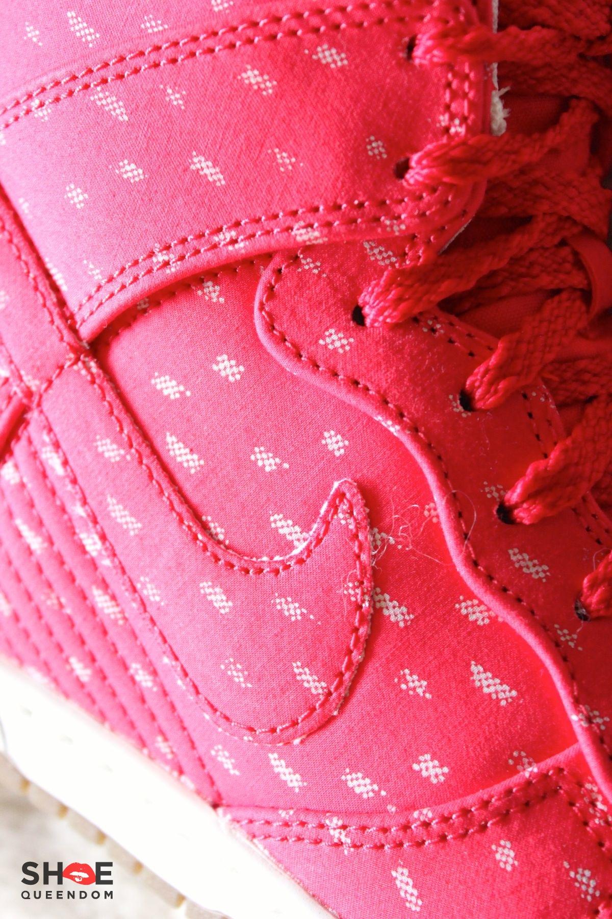 Nike Dunk Wedge Sky Hi Holiday05.jpg