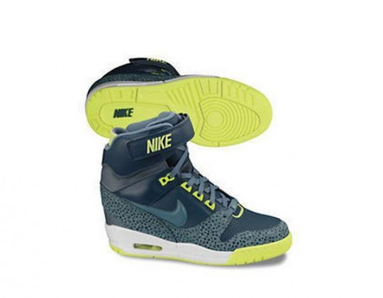 Nike Air Revolution Wedge 4.jpg