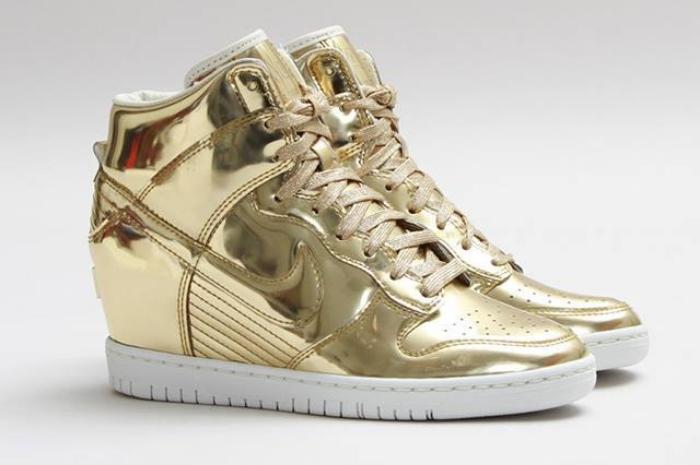 """Nike Wmns Dunk Sky Hi SP """"Liquid Gold"""""""