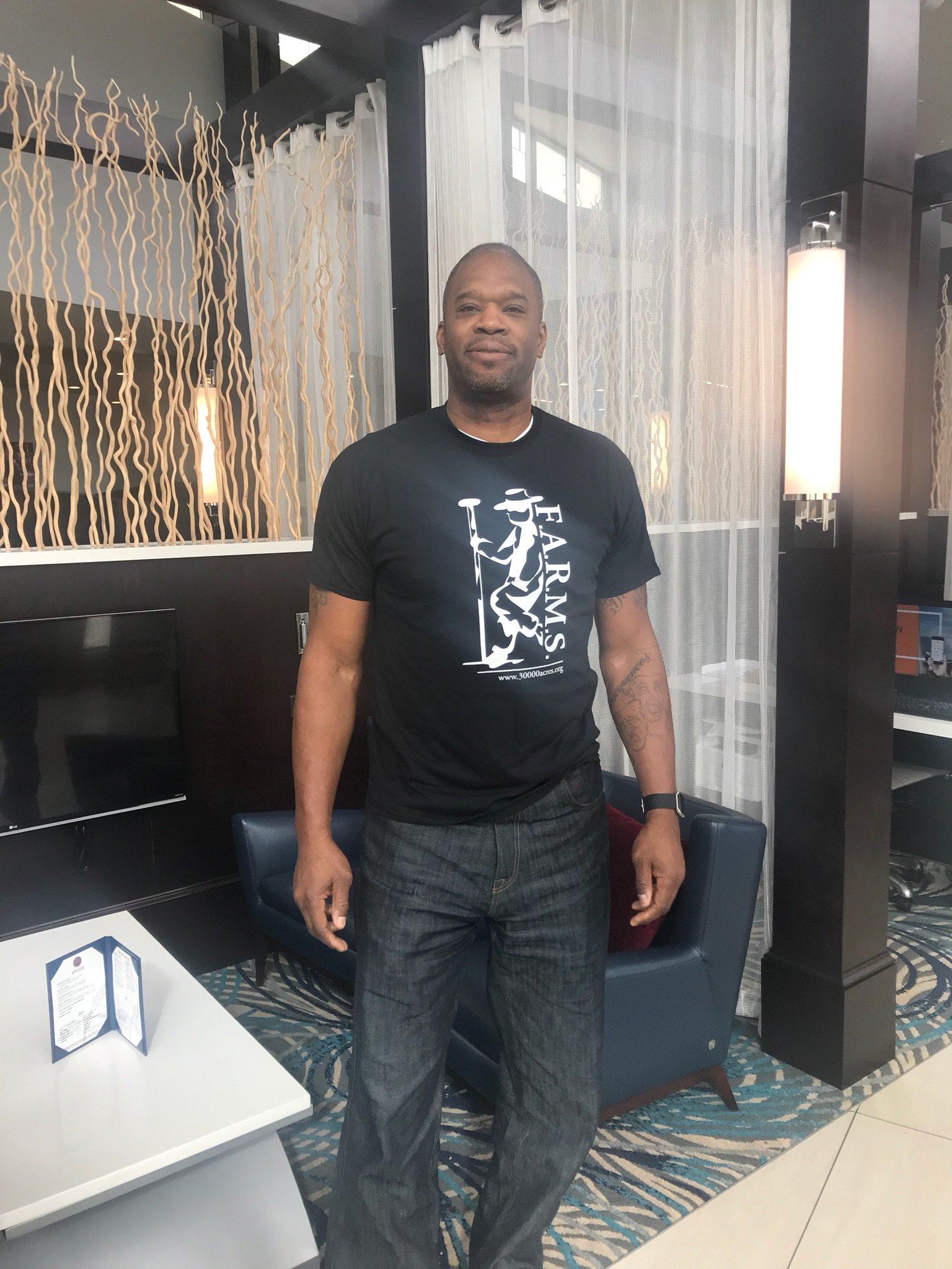 Antonio Davis, Retired NBA player supports F.A.R.M.S.!!!