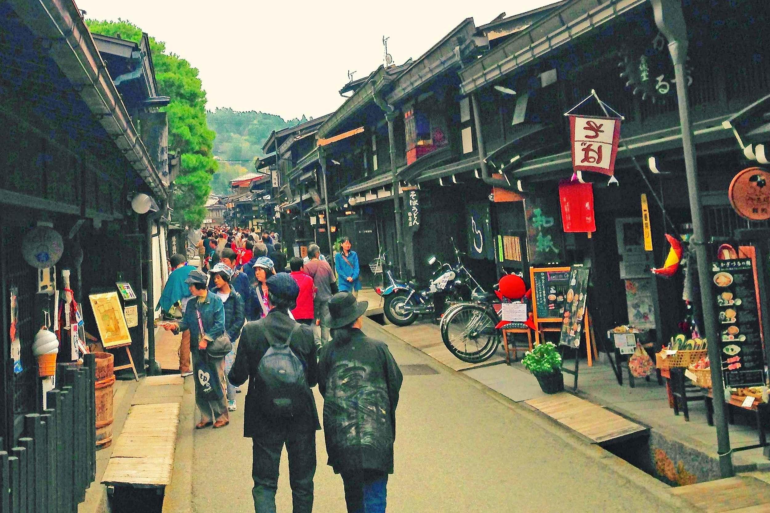 """Takayama """"Little Kyoto"""" backstreets."""