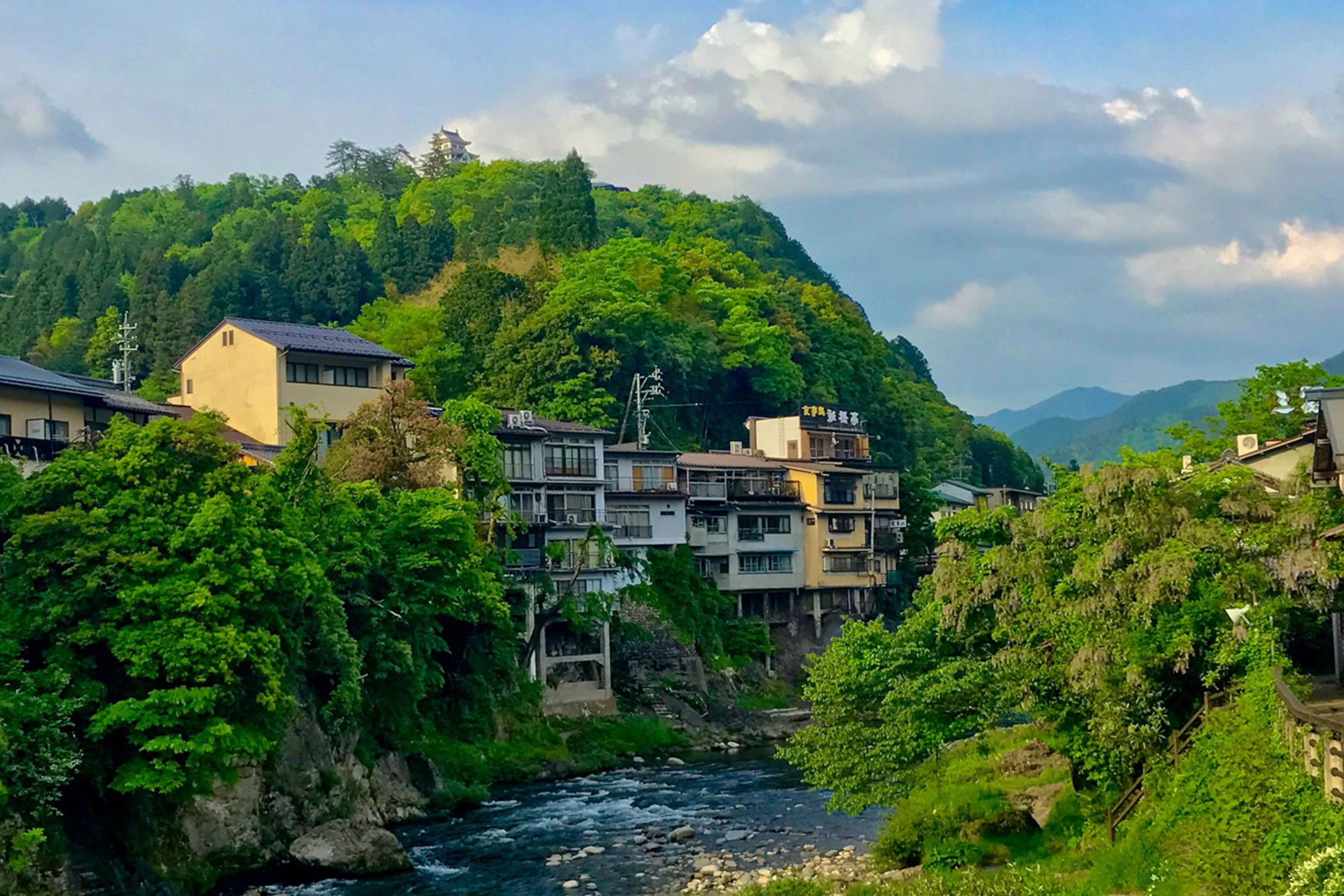 GuJo Hachiman, The Japan Alps