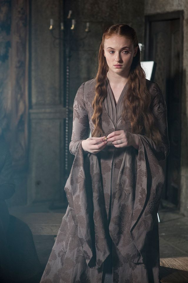 Sophie_Turner_Sansa_Stark_Game_of_Thrones_The_Mountain_and_the_Viper