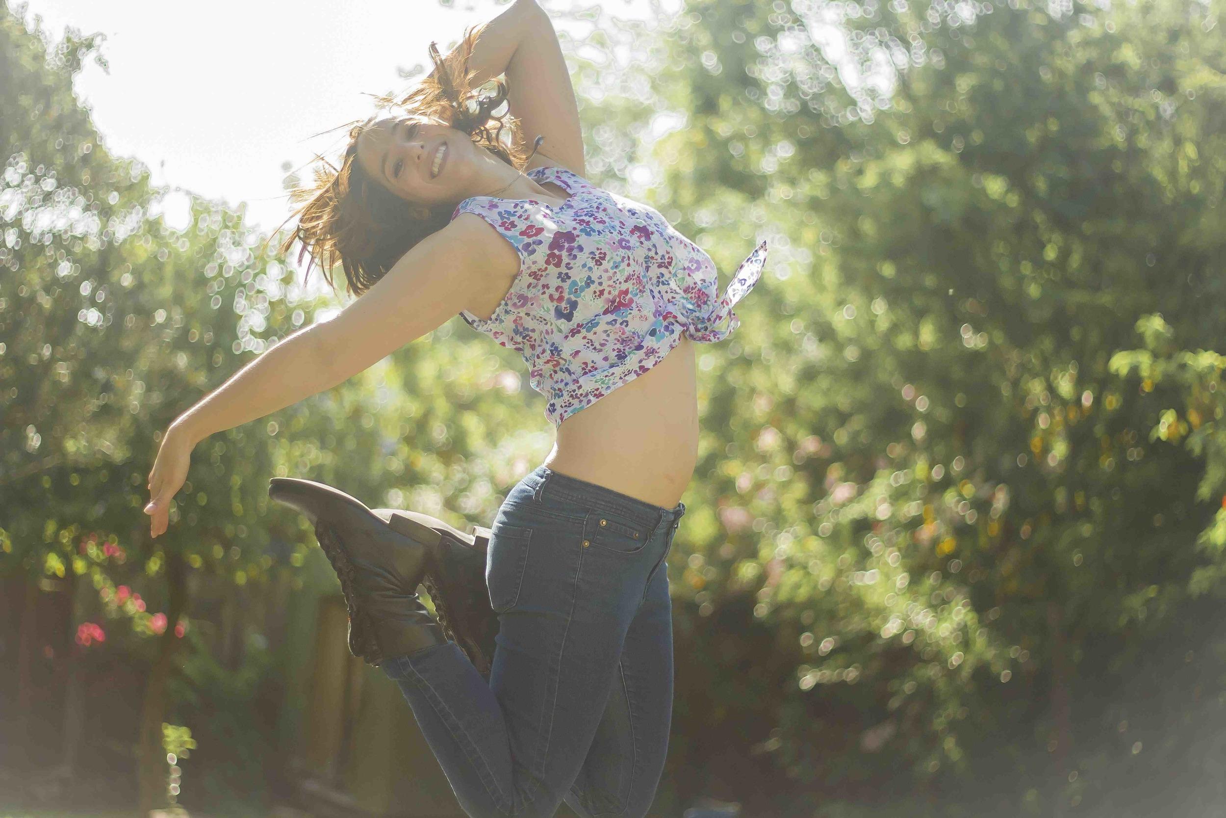 CASLIN_ROSE_DANCE-TRESS