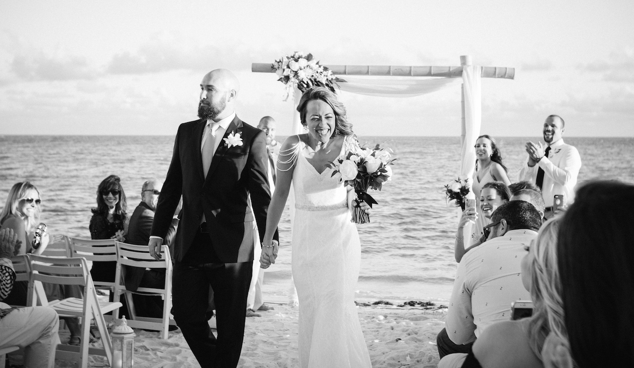 LOVE . OCEAN. MIAMI BEACH. WEDDING> ME. MISABOOK PHOTOGRAPHY.