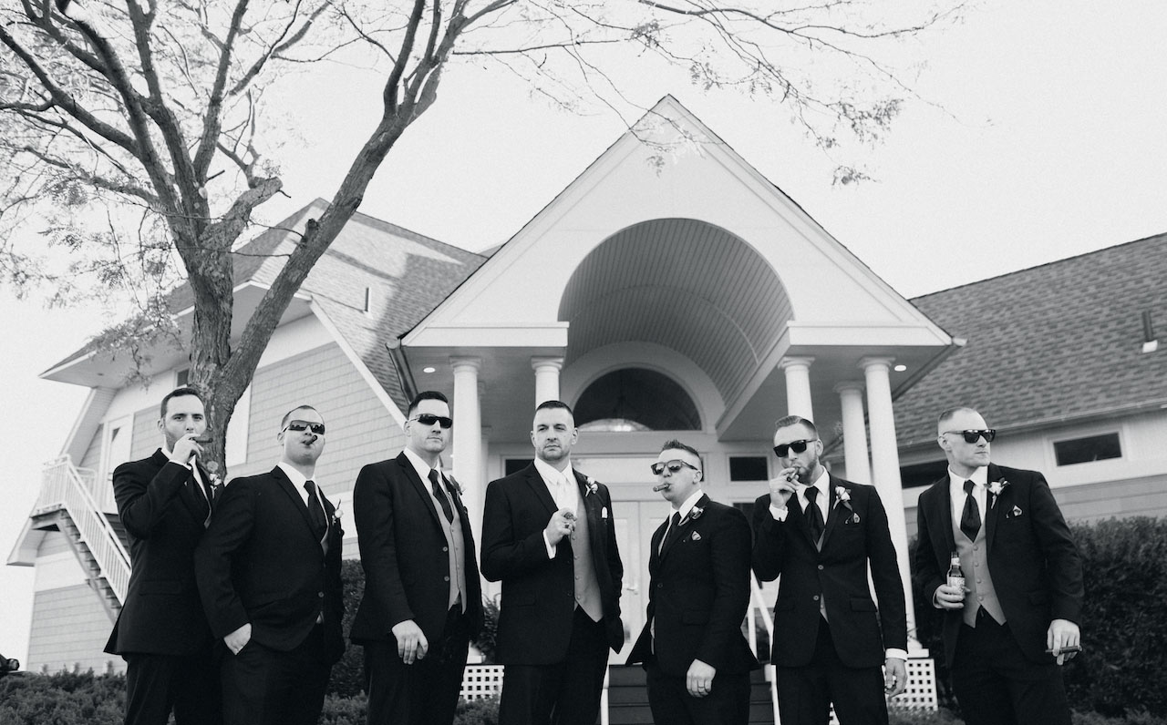 best-groomsmen-photo.jpg