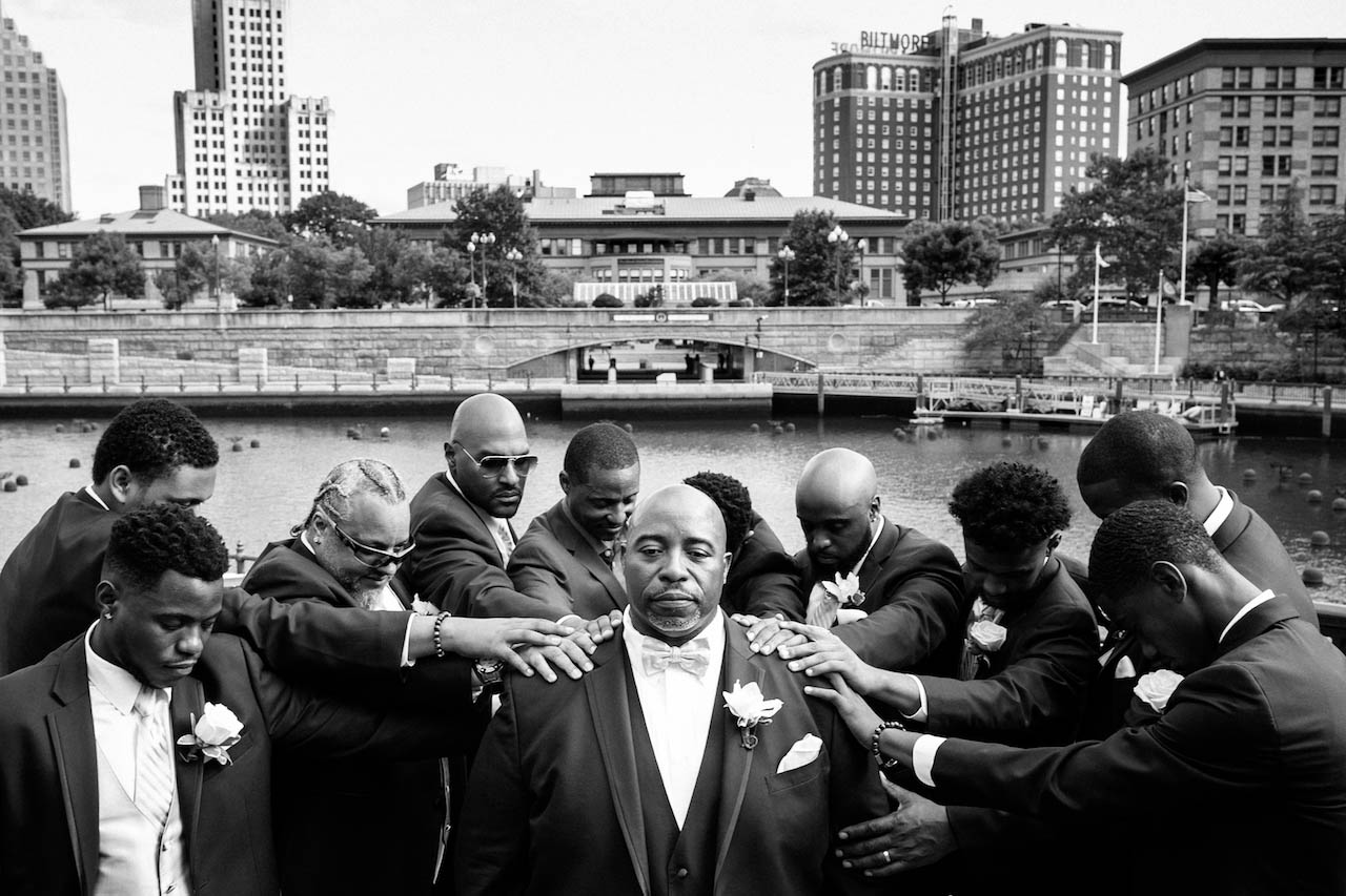 wedding-groomsman-photos-hartford.jpg