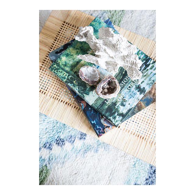 Ocean inspiration #home #styling @maimouselle #interior #photography @maimouselle #coffeetablebooks #stilllife #livingroom #design #decoration @zarahome @ikeadanmark