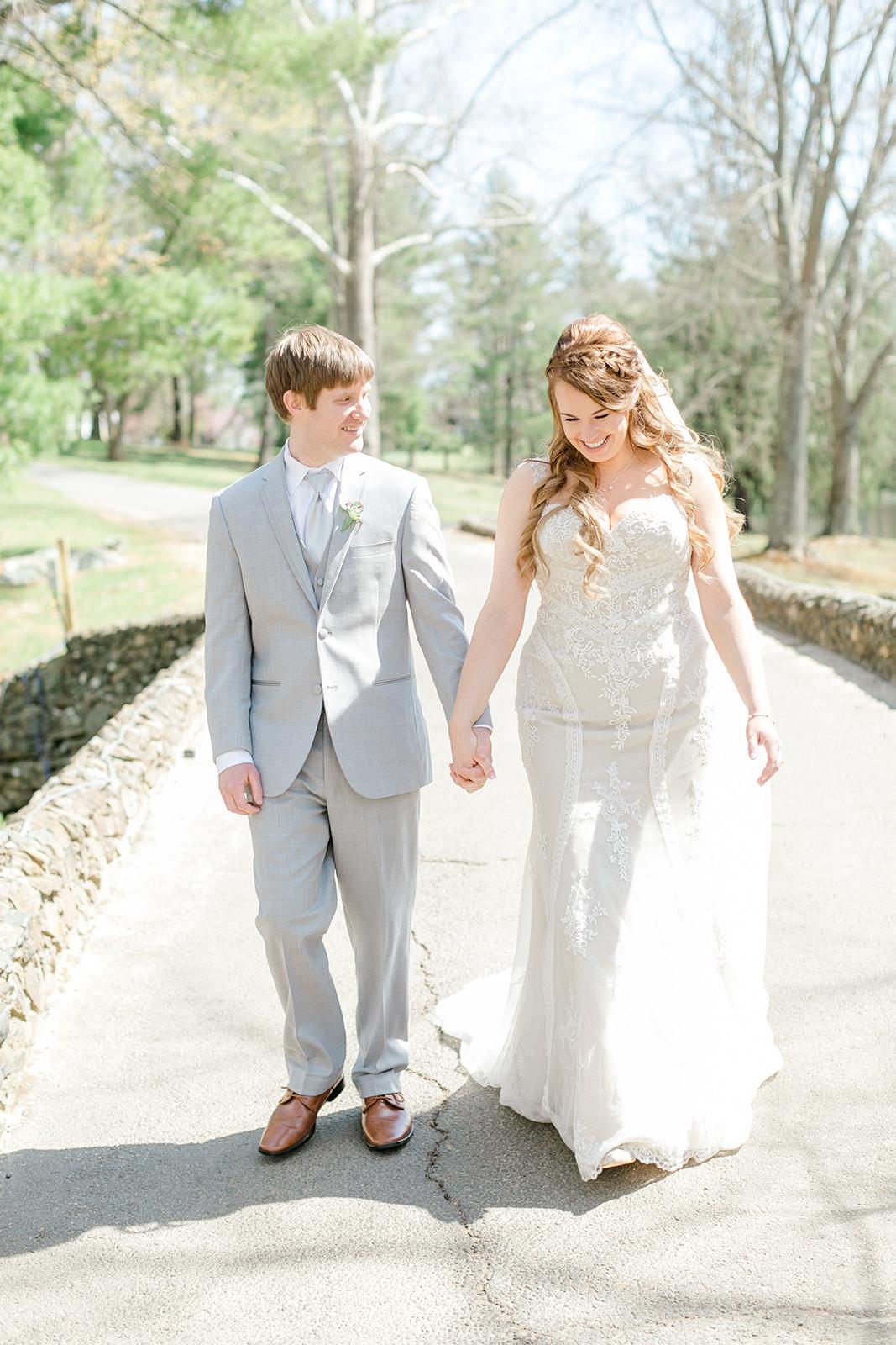 Lindsey _ Brandon Wedding-115.jpg