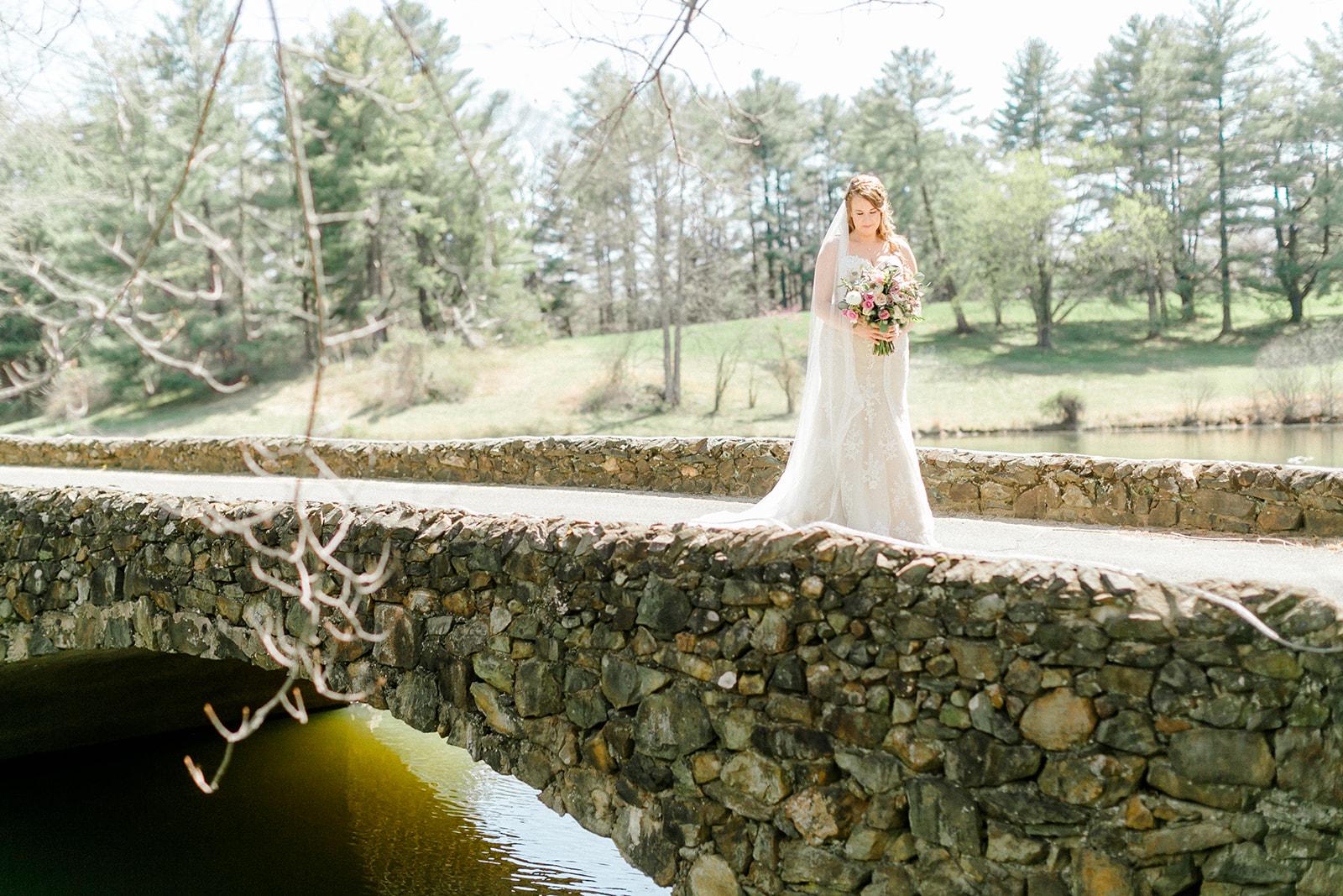 Lindsey _ Brandon Wedding-124.jpg