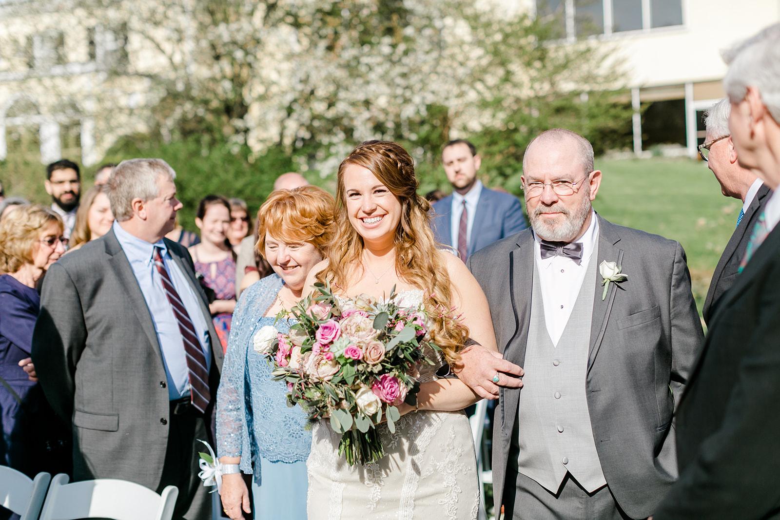 Lindsey _ Brandon Wedding-333.jpg