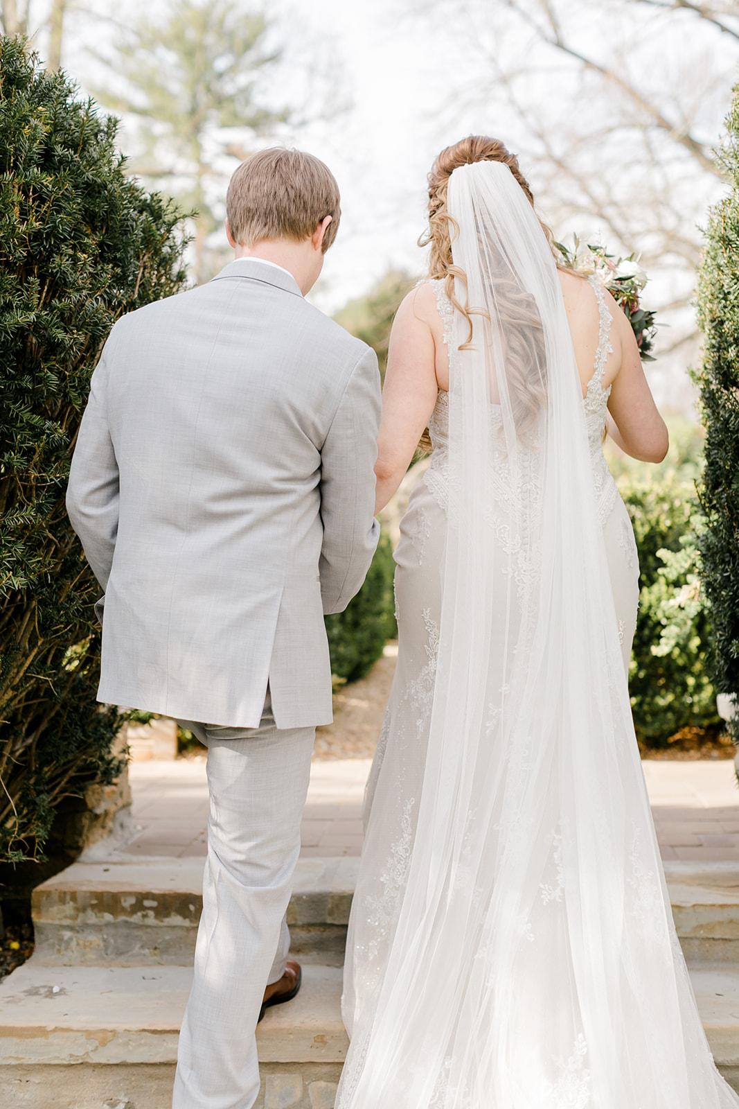 Lindsey _ Brandon Wedding-385.jpg