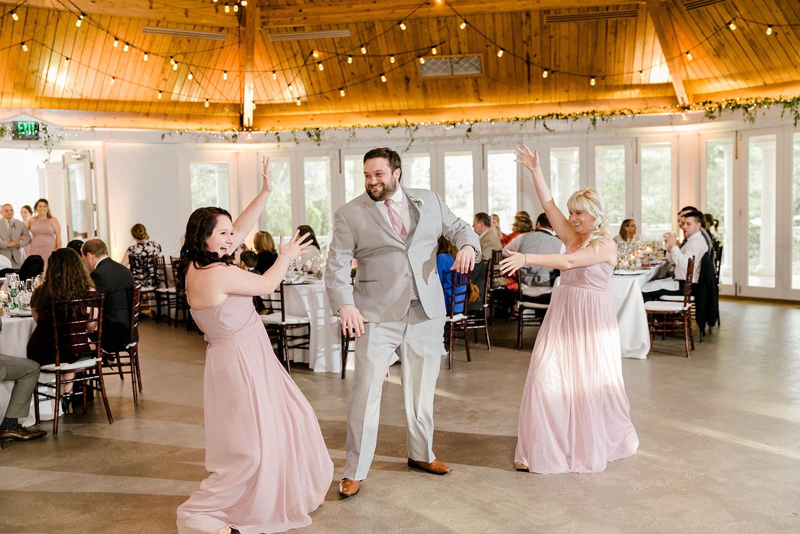 Lindsey _ Brandon Wedding-520.jpg