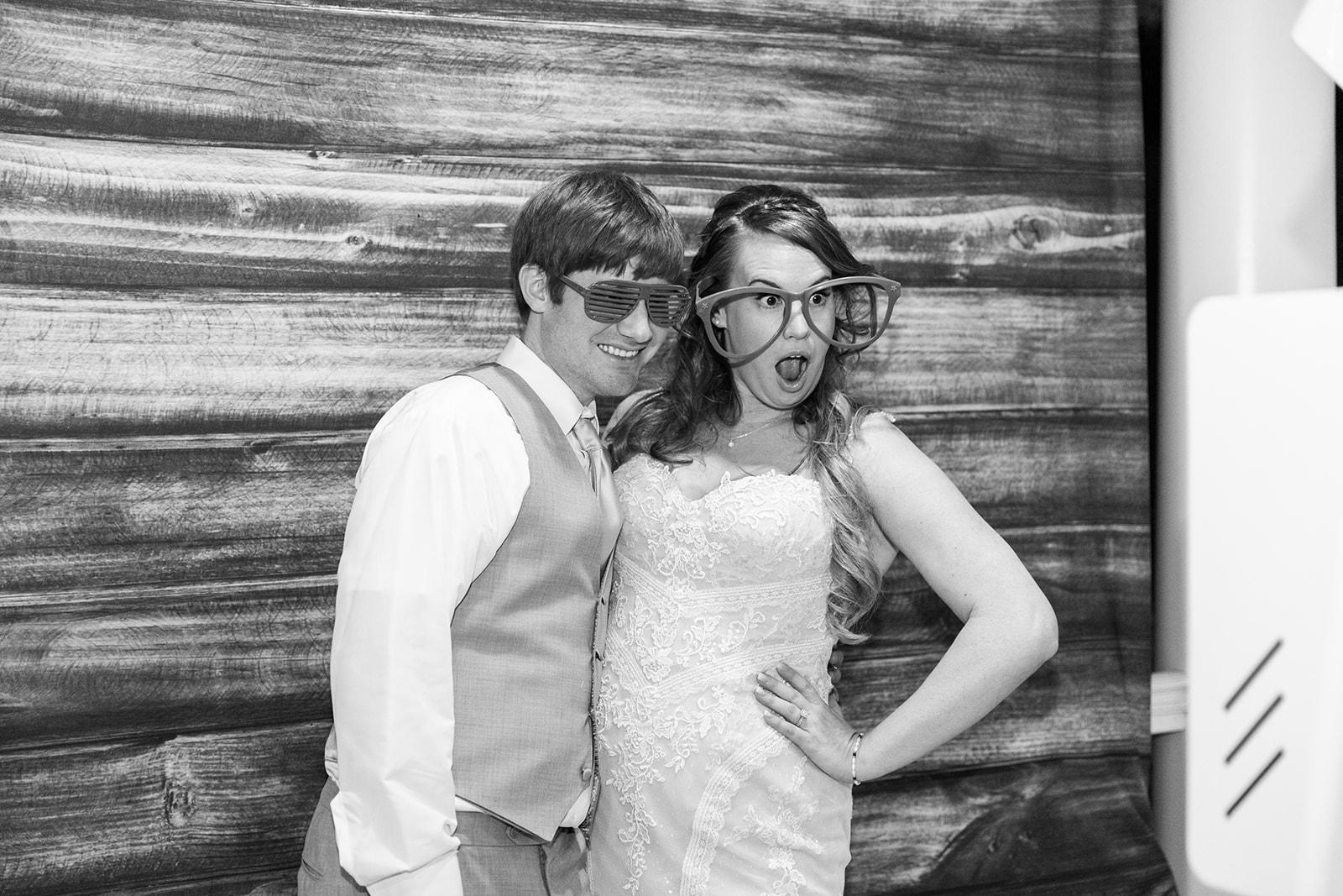 Lindsey _ Brandon Wedding-652.jpg