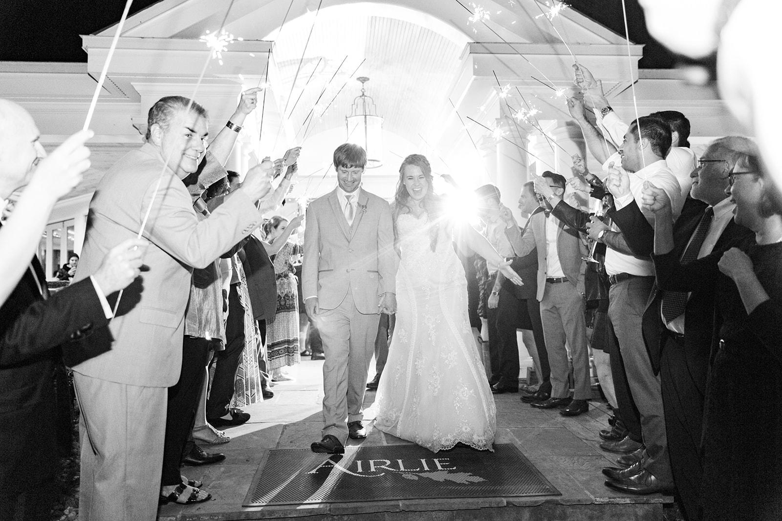 Lindsey _ Brandon Wedding-751.jpg
