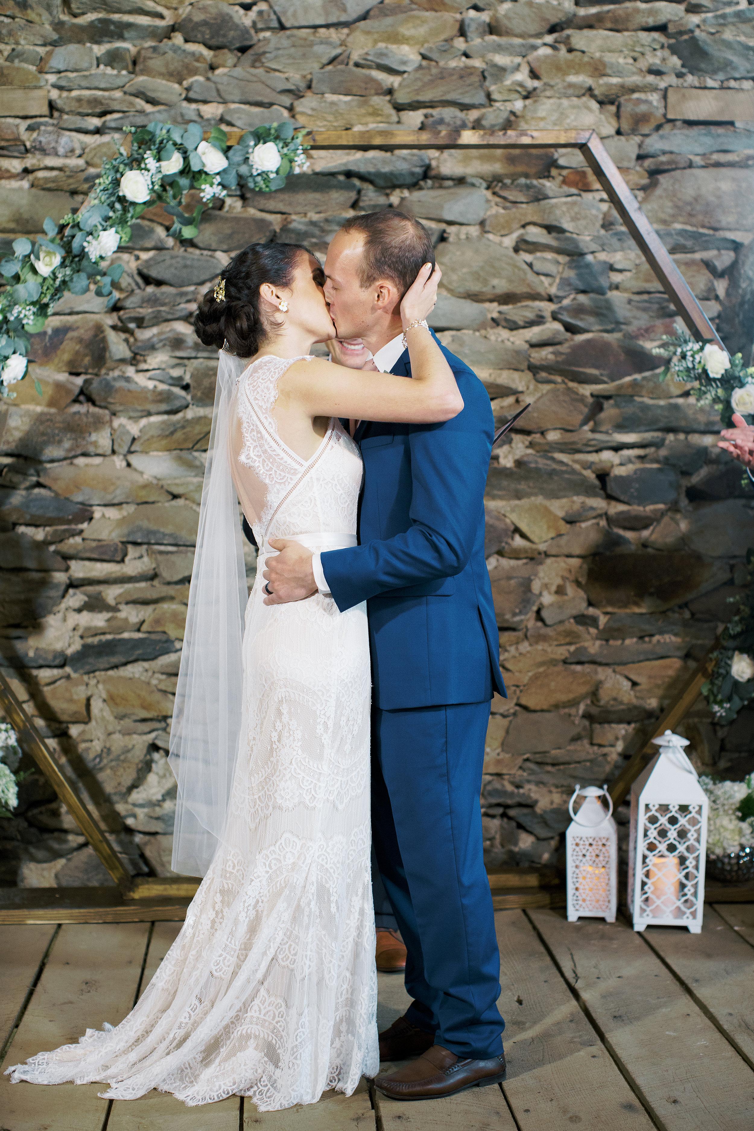 Vicki_Grafton_Photography_wedding-358.jpg