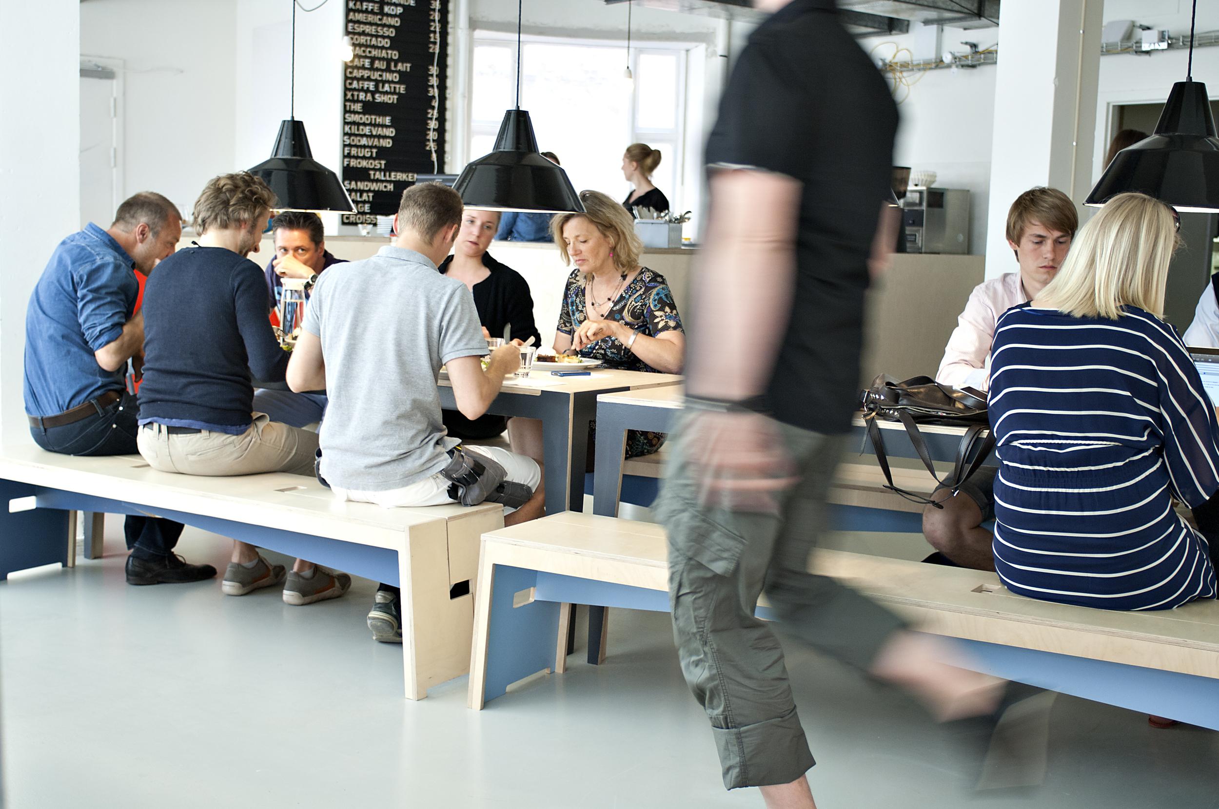 Cafeen 10.jpg