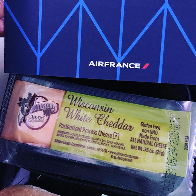 Wisconsin cheese on Air France flight. Hilarious. 🧀 🇫🇷 Go Wisconsin.