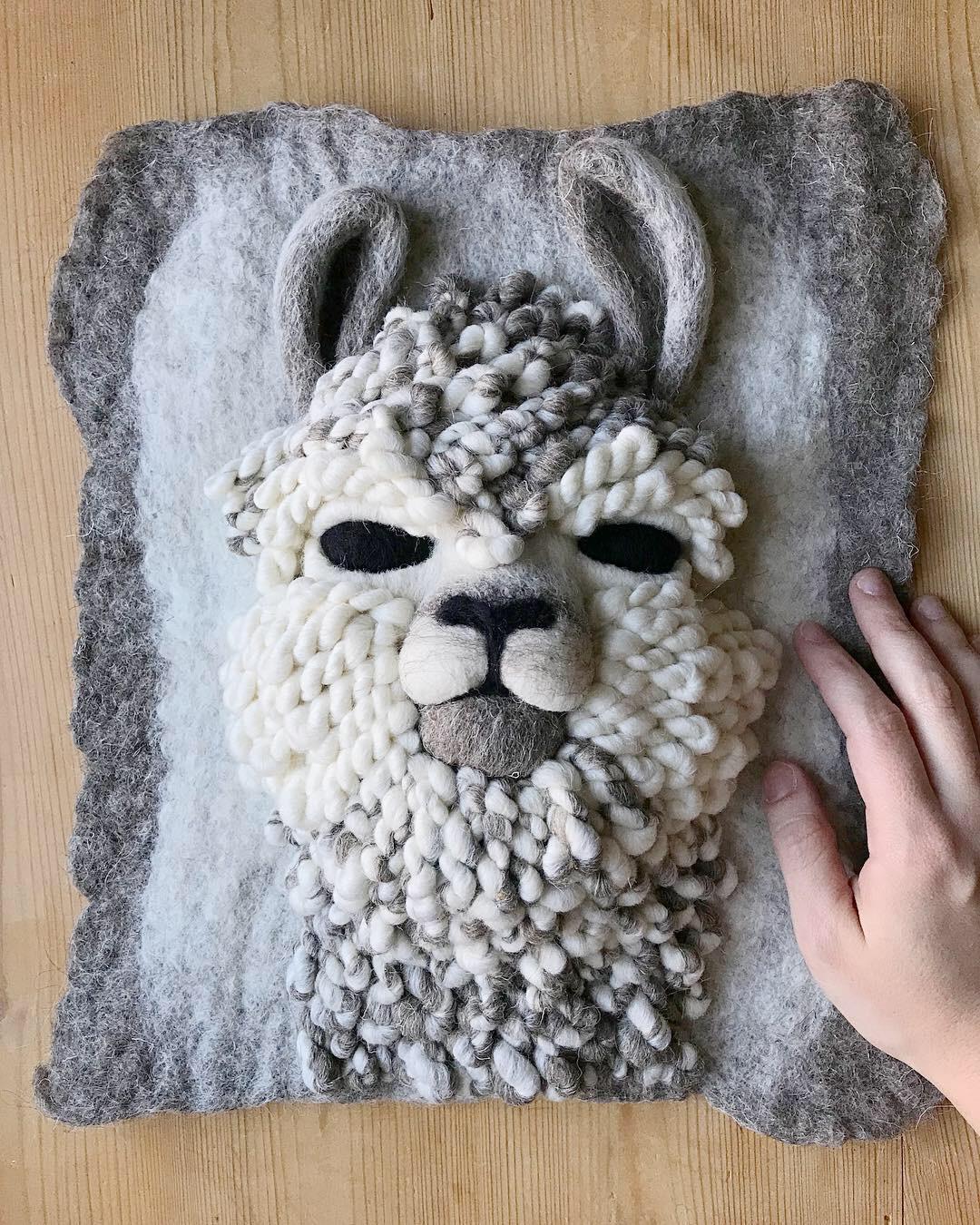 Llama Commission