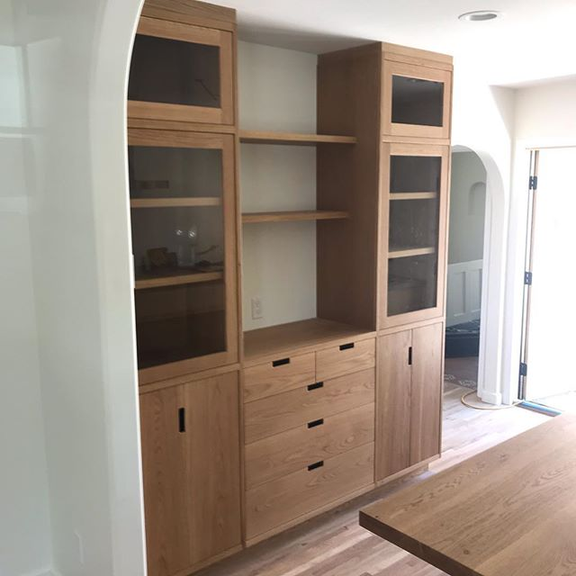 I've been working on this house since before the holidays and it is now finished! Full kitchen and two bathroom vanities all in White Oak. Together with my clients @imogen_daly  and Brian we made something truly special. I enjoyed working with you and thanks for your business and patience.
